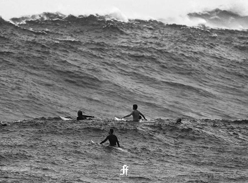Идеальный шторм: Серфер Максим Ганкин об охоте за экстремально высокими волнами. Изображение № 4.