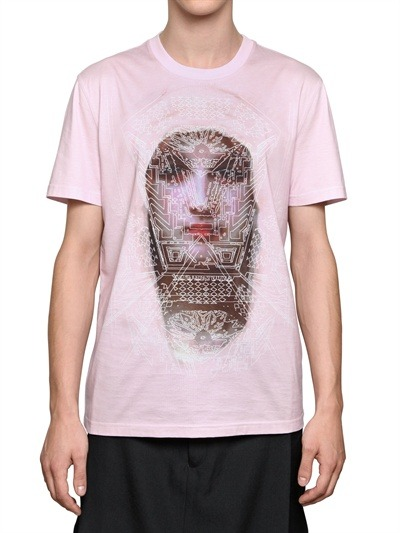 Givenchy выпустили коллекцию футболок с изображением Мадонны. Изображение № 22.