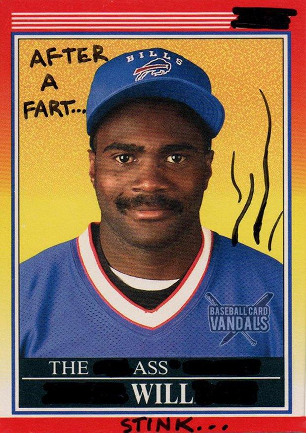 Baseball Card Vandals: Художники иронизируют над спортивными коллекционными карточками. Изображение № 30.
