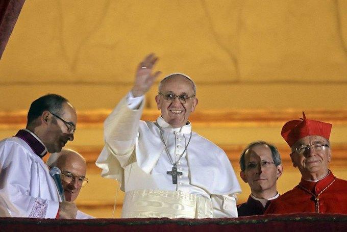 Папа Римский благословил экзорцистов. Изображение № 1.