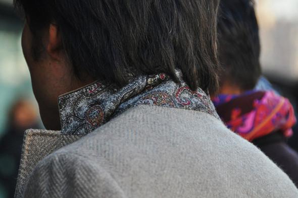 Изображение 60. Шарфы, клатчи, клетчатые пиджаки и подвернутые джинсы.. Изображение № 20.