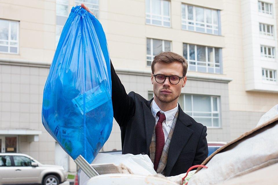 «Даже вынести мусор умею красиво». Изображение № 8.