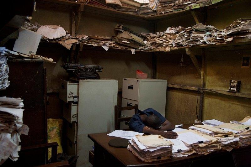 Как подростки Сьерра-Леоне годами живут в тюрьме в ожидании суда по их делу. Изображение № 19.