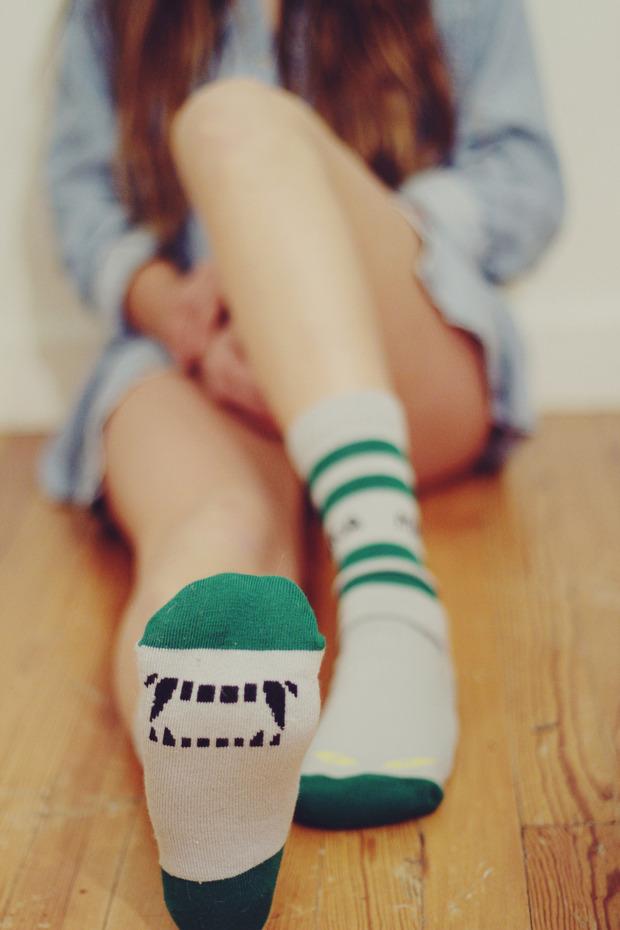 Марка Mishka выпустила эротический лукбук новой коллекции носков. Изображение № 6.