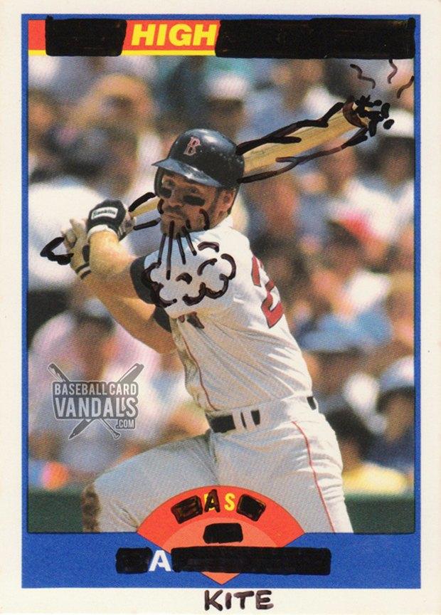 Baseball Card Vandals: Художники иронизируют над спортивными коллекционными карточками. Изображение № 24.