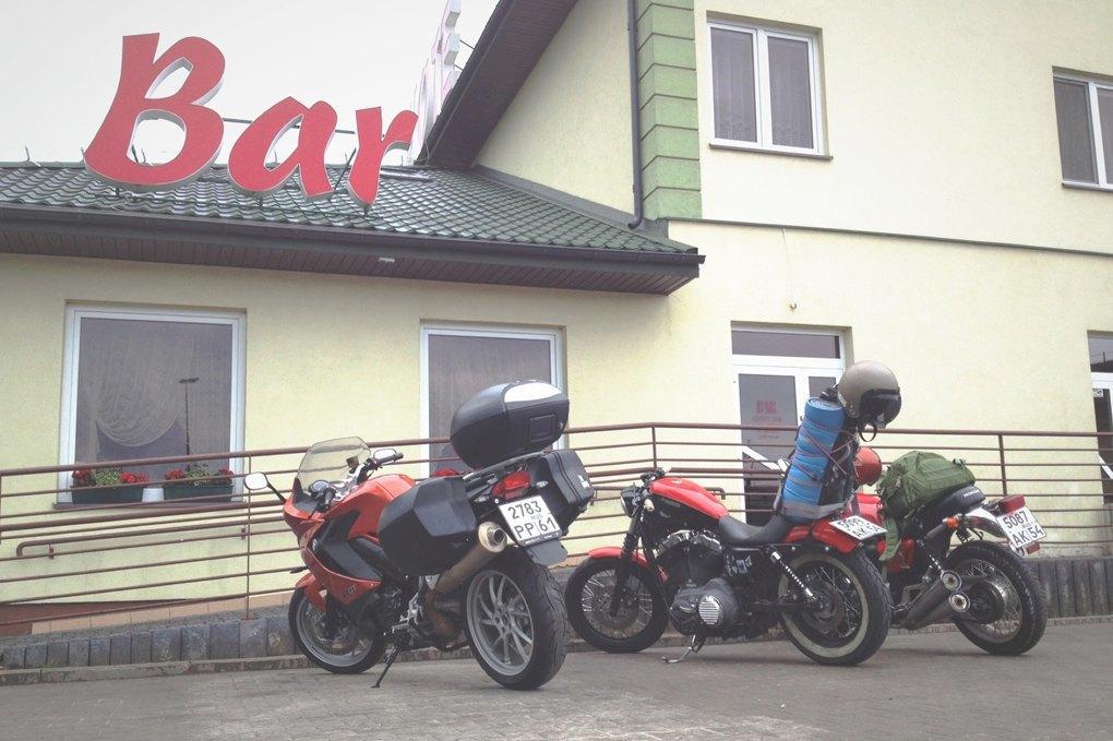 11 городов, аварии, мотоциклы и негритянка на баке: Рассказ о путешествии Easy Ride по Европе. Изображение № 4.