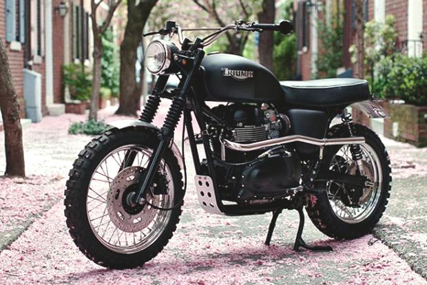 История и стилевые особенности эндуро и скрэмблеров — мотоциклов для езды по бездорожью. Изображение № 11.