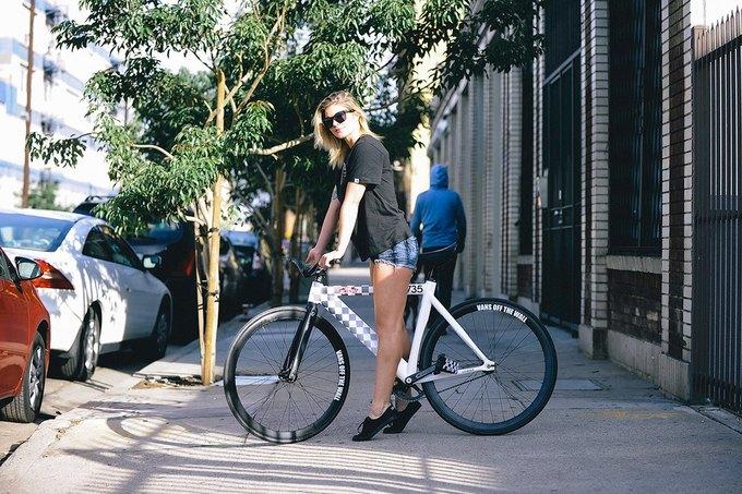 Vans и Leader Bikes представили лукбук и видеолукбук новой коллекции. Изображение № 6.