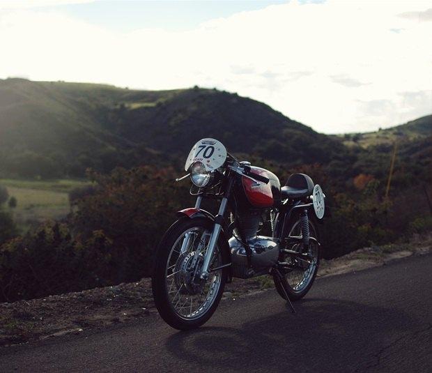 Мастерская Vintage Italian Restoration представила мотоцикл Gilera 175 Milano Taranto. Изображение № 12.