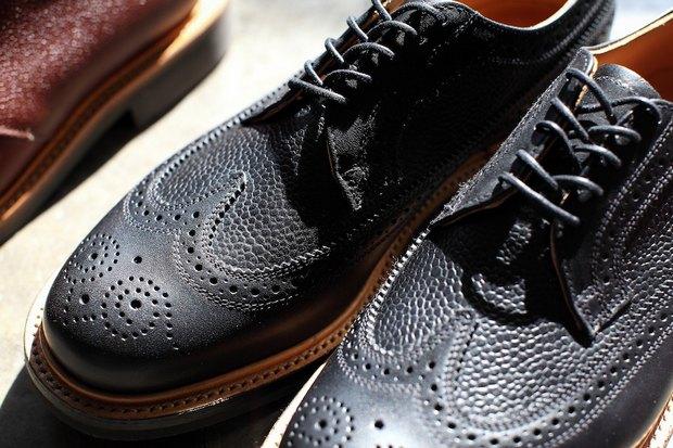 Дизайнер Марк МакНейри и петербургский магазин Mint выпустили совместную коллекцию обуви. Изображение № 8.