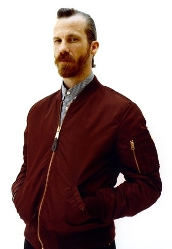 Уличная одежда Supreme: весенне-летний лукбук, кепки, рюкзаки и аксессуары. Изображение № 7.