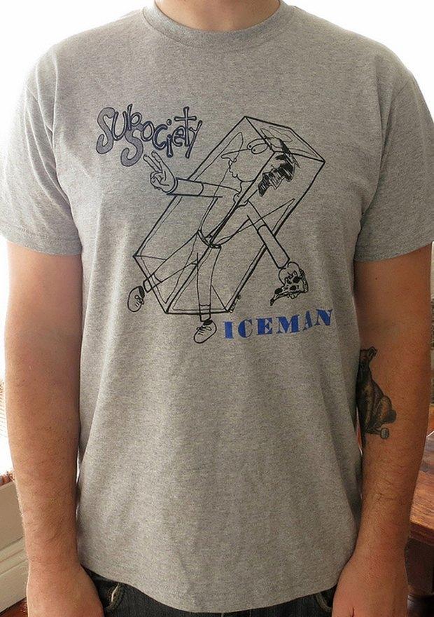 Minor Thread: Тысячедневный марафон футболок с логотипами музыкантов. Изображение № 4.