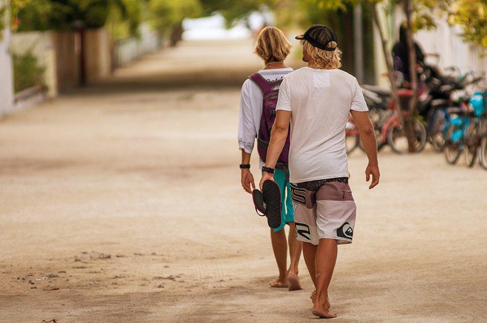 Russia Goes Surfing: Репортаж из серферского лагеря на Мальдивах. Изображение № 28.