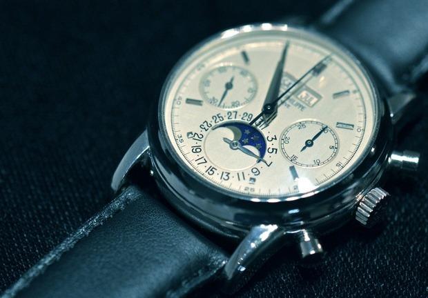 Платиновые часы Эрика Клэптона. Изображение № 1.