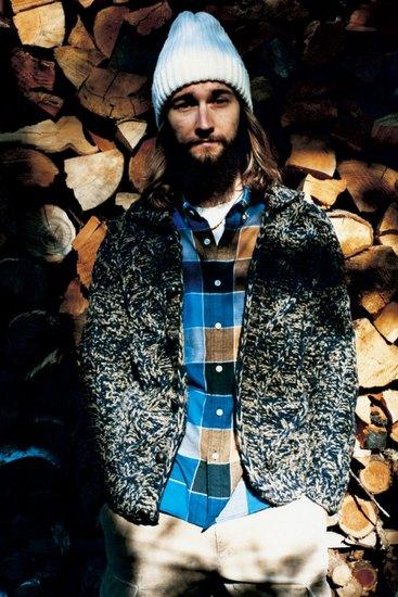 Марка Sophnet выпустила лукбук осенней коллекции одежды. Изображение № 1.