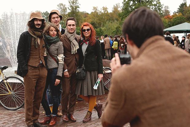 Детали: Репортаж с велозаезда Tweed Ride Moscow. Изображение № 40.