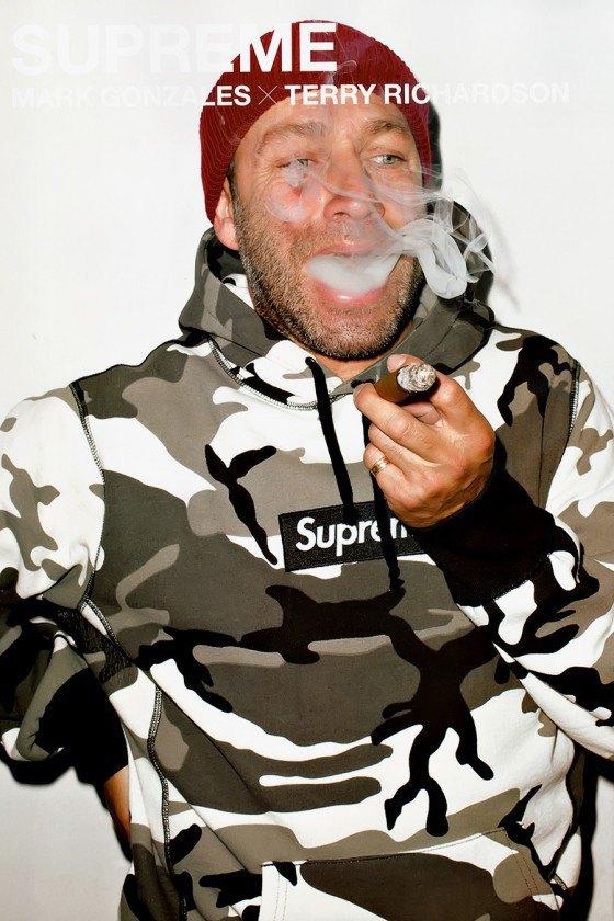 Терри Ричардсон снял Марка Гонсалеса в лукбуке марки Supreme. Изображение № 10.