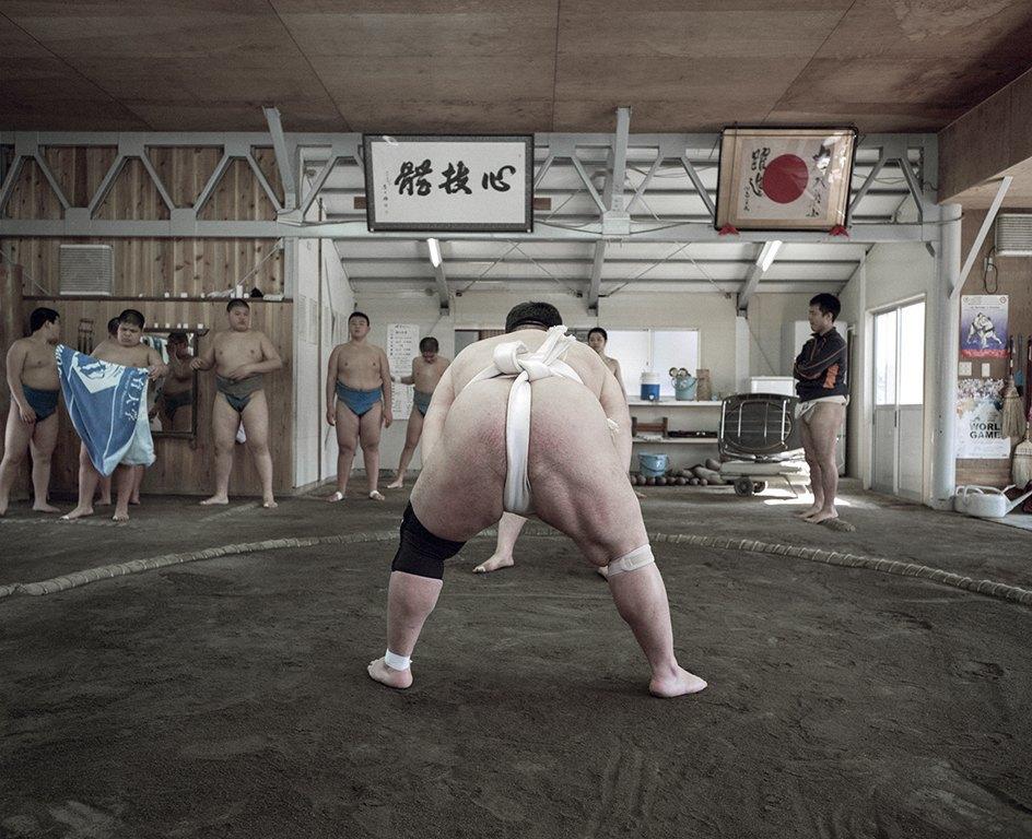 Как тренируются в борцовских школах сумо. Изображение № 14.