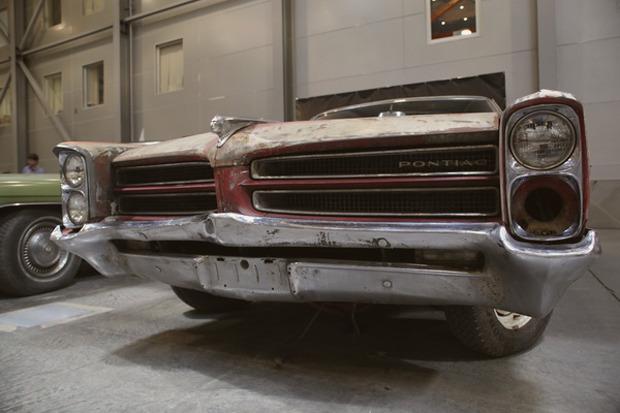 Машина времени: 8 лучших ретроавтомобилей с выставки «Олдтаймер». Изображение № 57.
