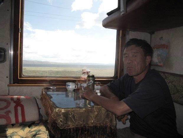«Я особенно ценю моменты дикости и хаоса»: О путешествии итальянца по России, Монголии и Китаю. Изображение № 16.
