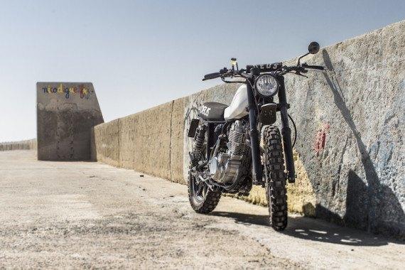 Мотомастерская Deus Ex Machina представила кастом на базе Yamaha SR. Изображение № 2.