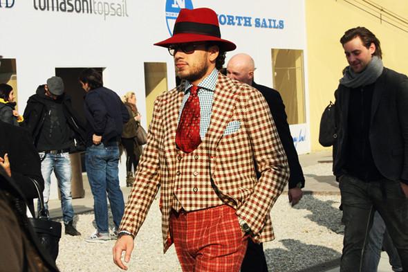 Итоги Pitti Uomo: 10 трендов будущей весны, репортажи и новые коллекции на выставке мужской одежды. Изображение № 103.