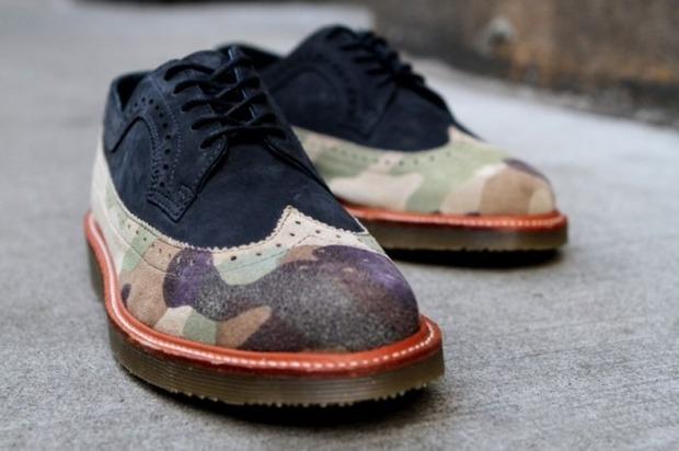 Дизайнер Ронни Фиг и марка Dr. Martens выпустили капсульную коллекцию обуви. Изображение № 11.