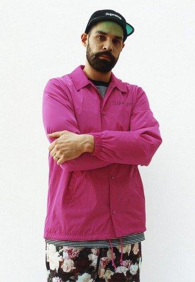 Марка Supreme выпустила лукбук весенней коллекции одежды. Изображение № 17.