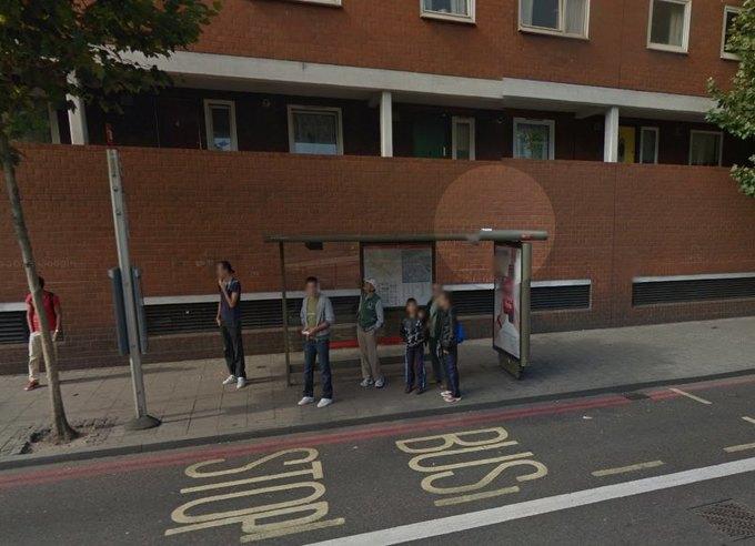 Как видеокассета на крыше автобусной остановки взбудоражила весь Лондон. Изображение № 1.