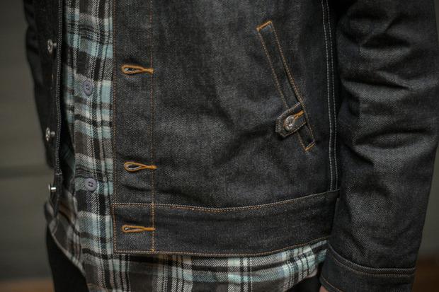 Марка Us Versus Them опубликовала лукбук новой коллекции одежды своей линейки Holiday. Изображение № 20.