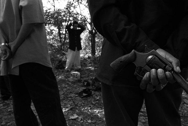 8 фотографов, исследовавших мир уличных банд. Изображение № 7.