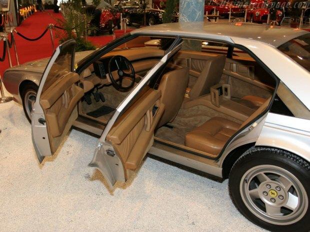 Уникальный седан Ferrari Pinin уйдёт с молотка. Изображение № 8.