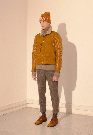 Марка Undercover опубликовала лукбук осенней коллекции одежды. Изображение № 6.