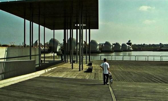 Изображение 1. Короткометражка о скейтерах в Лондоне.. Изображение № 1.