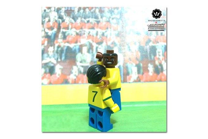 Малайзиец воссоздал исторические моменты футбольных чемпионатов из LEGO. Изображение № 6.