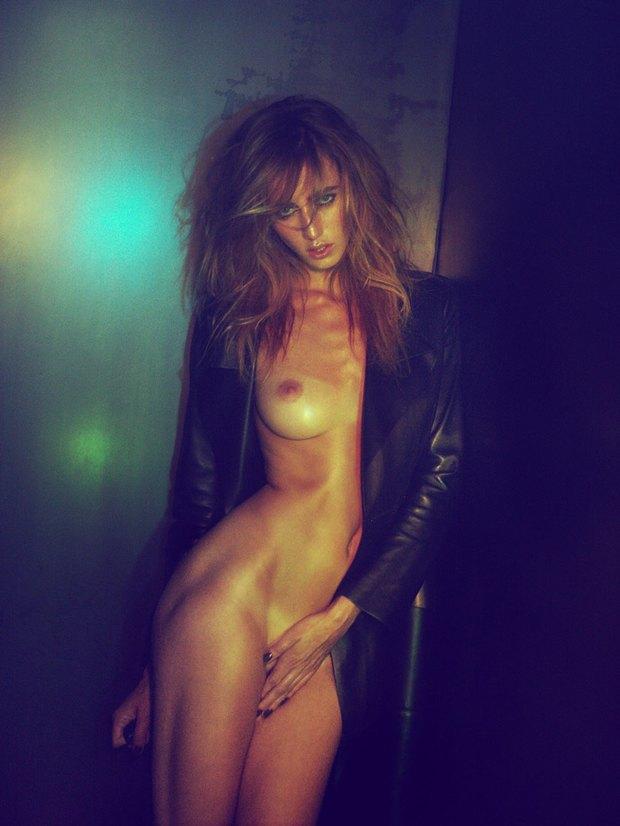 Бельгийская модель Элиза Сис снялась для издания S Magazine. Изображение № 4.