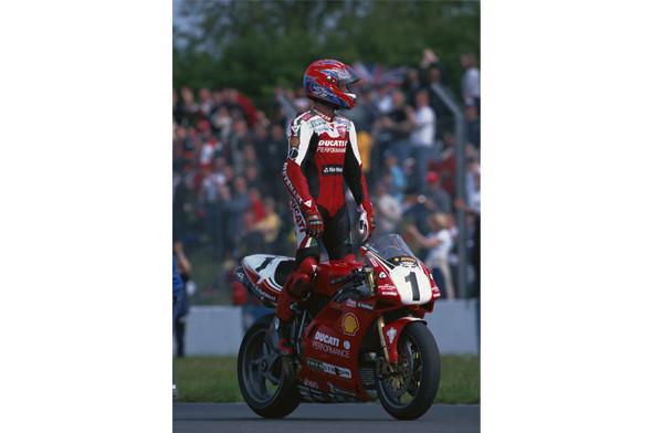Новый супербайк Ducati Panigale и история его предшественников. Изображение № 7.