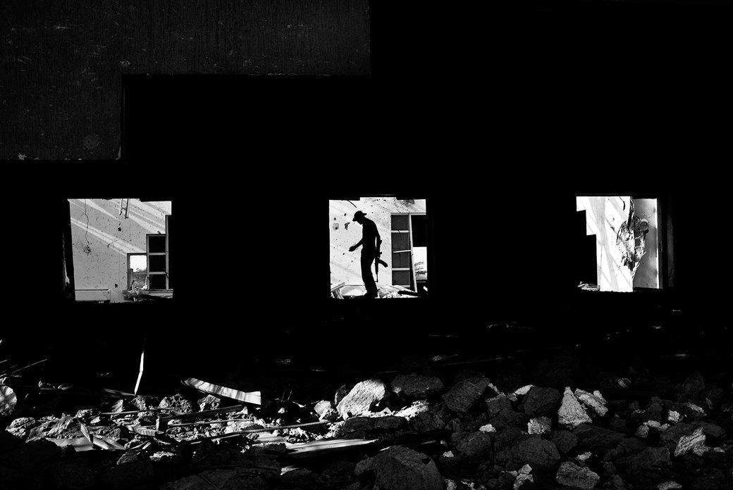 Объективный взгляд: 10 современных военных фотографов . Изображение № 47.