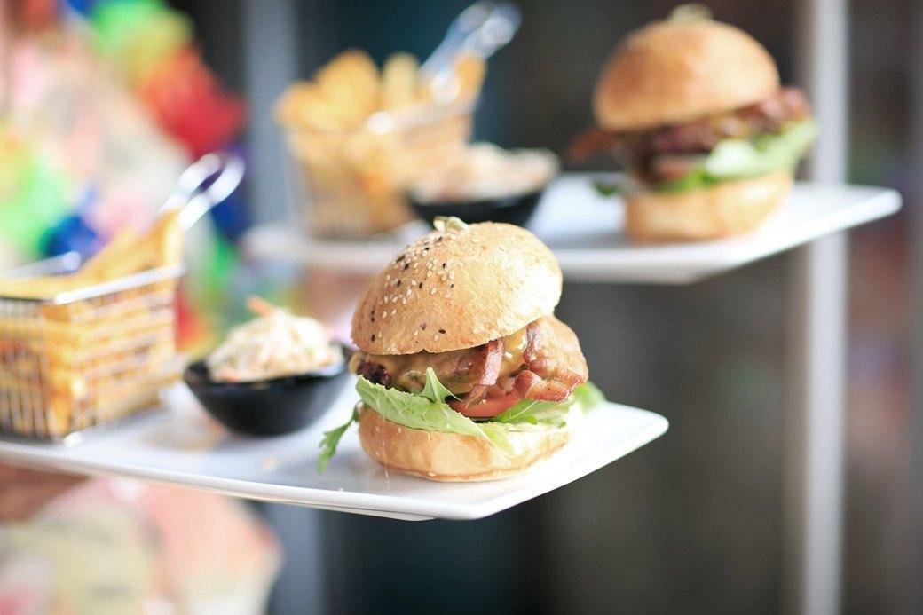 «Вегетарианство — тантрическая практика, а бургер —секс»: Шеф-повара об идеальном бургере. Изображение № 8.