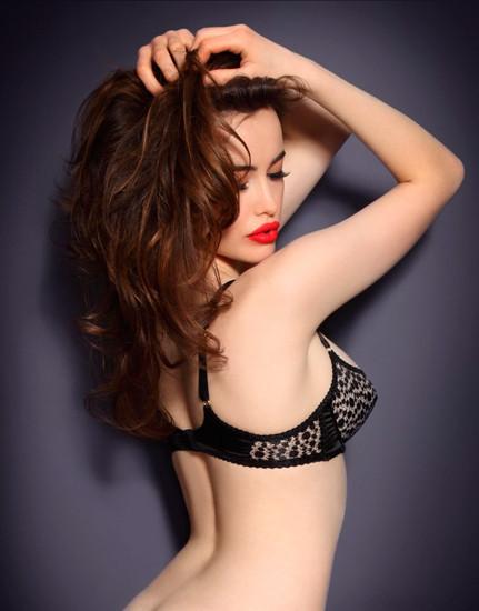 Австралийская модель Сара Стивенс снялась в рекламе Agent Provocateur . Изображение № 13.