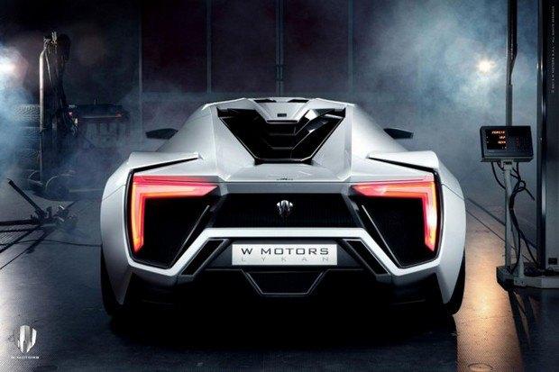 Первый арабский суперкар купили за 3,4 миллиона долларов. Изображение № 3.