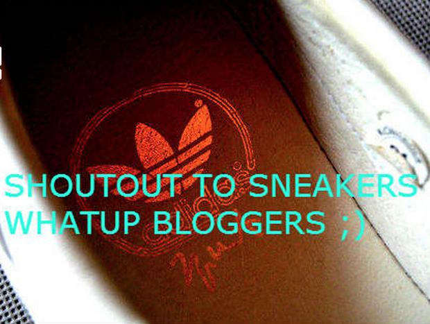 В сети появились превью совместной модели обуви Канье Уэста и Adidas. Изображение № 3.