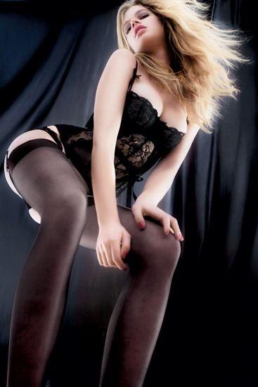 Голландская модель Валери Ван Дер Граф снялась в рекламе марки Agent Provocateur . Изображение № 6.