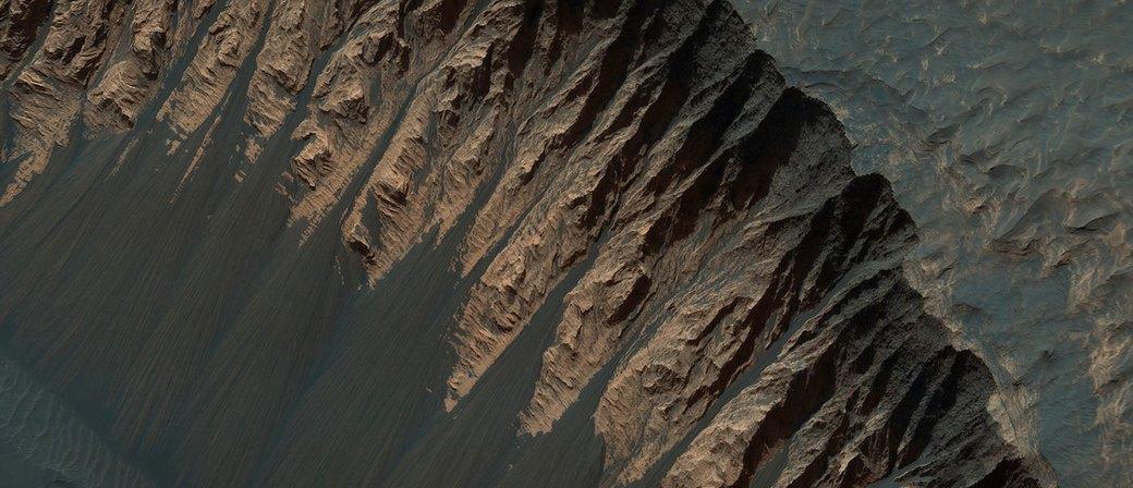 Новые фотографии поверхности Марса, опубликованные агентством NASA. Изображение № 10.