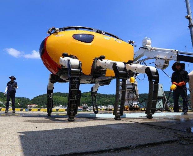 Учёные создали робота-краба размером с легковой автомобиль. Изображение № 2.