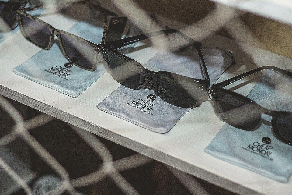 Детали: Репортаж с открытия магазина Code7 в Петербурге. Изображение № 20.