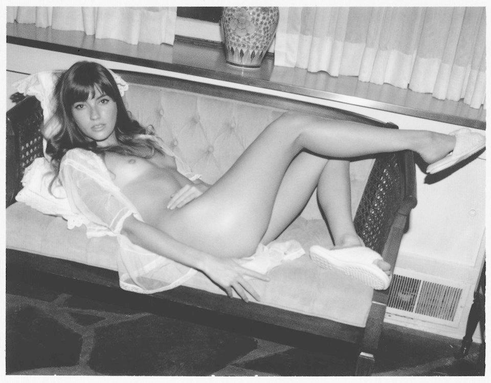 Первая совместная съемка эротического журнала Jacques и FURFUR. Изображение № 1.
