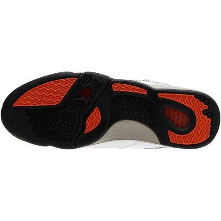 Reebok Classic выпустили новые кроссовки с рисунками Кита Харинга. Изображение № 11.