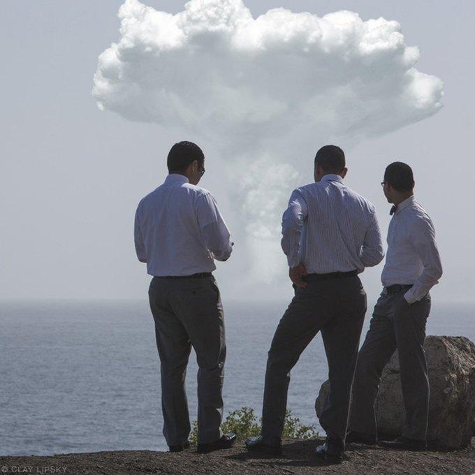 Atomic Overlook: Атомный взрыв как туристический объект на фото Клэя Липски. Изображение № 1.