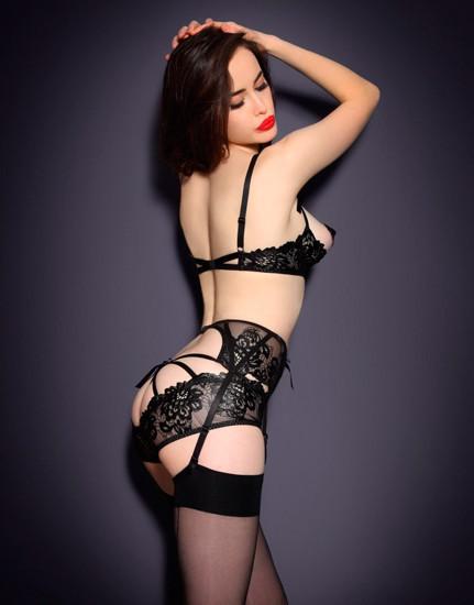 Австралийская модель Сара Стивенс снялась в рекламе Agent Provocateur . Изображение № 7.